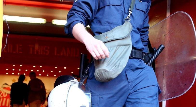 حمله هواداران خشمگین المپیاکوس برای ورود به رختکن + تصاویر
